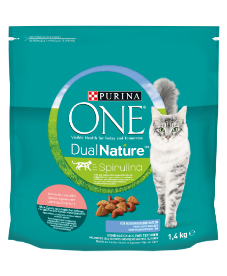 PURINA ONE® DualNature® avec de la Spiruline, pour chats adultes. Riche en saumon